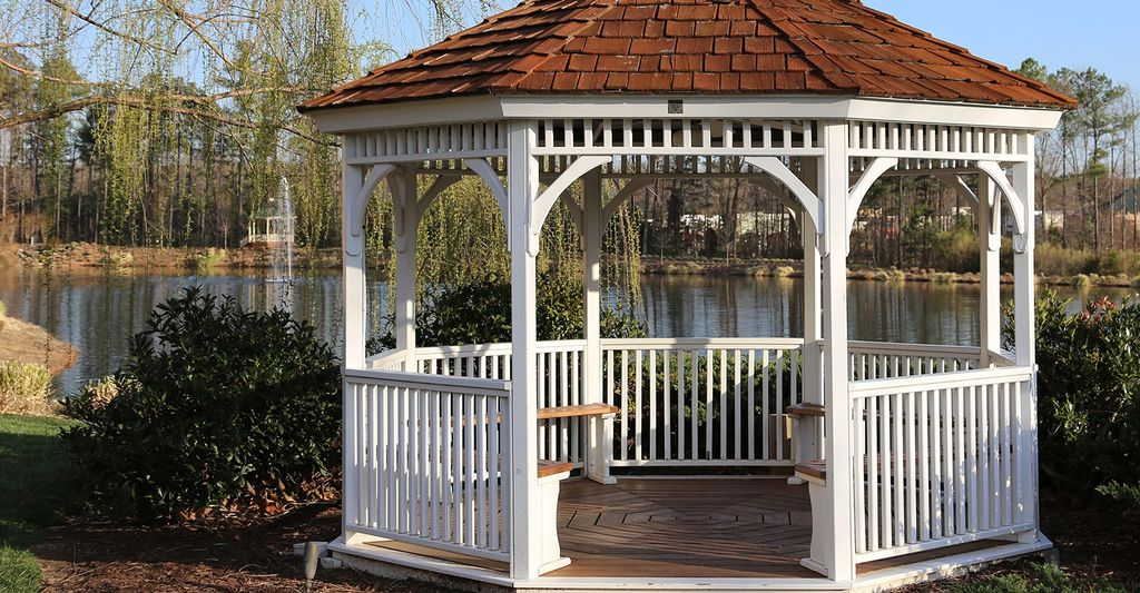 A gazebo repairer in Riverside, CA