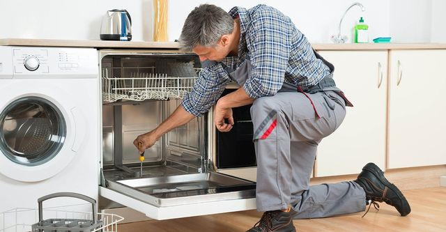 The 10 Best Dishwasher Repair Services Near Me (with Free