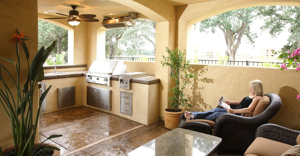 A patio roof contractor in Georgetown, TX