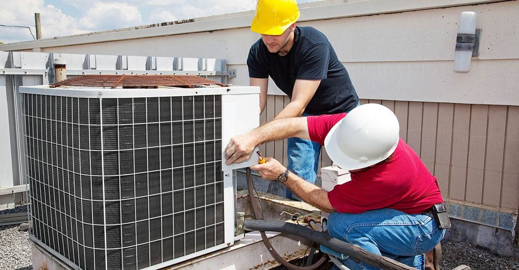 A HVAC Professional in Irvington, MD