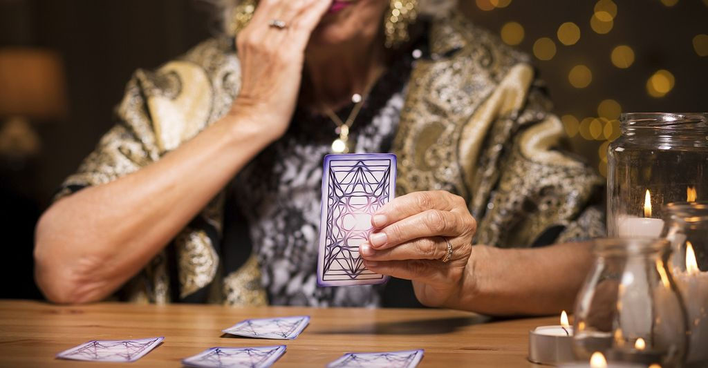 A online tarot reader near you