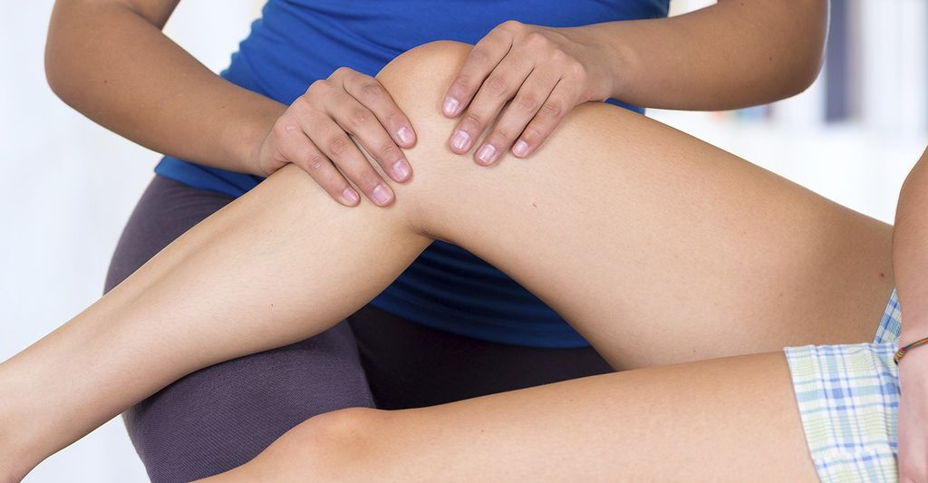 A sports massage therapist in Hackensack, NJ