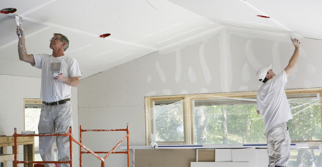 A popcorn ceiling scraper in Gresham, OR