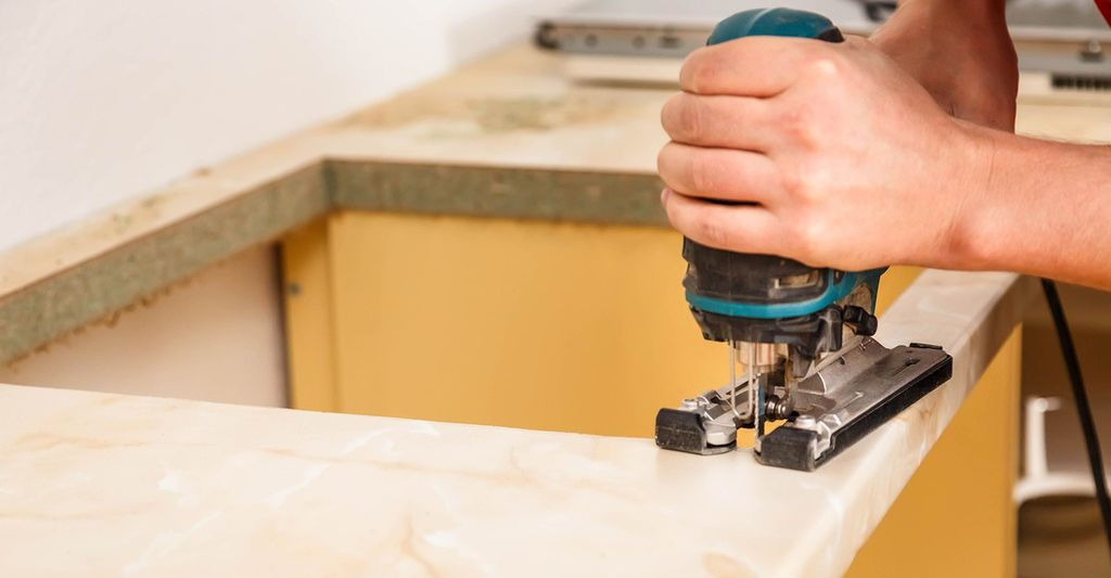 A granite countertop installer in Garden City, MI