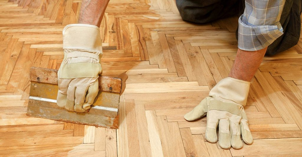 A laminate wood or stone flooring repairer near you
