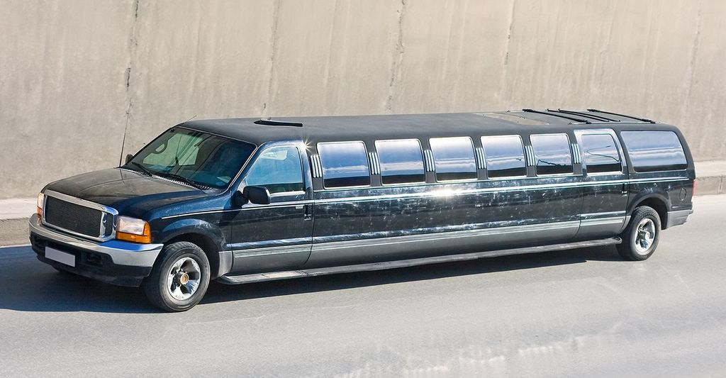 A suv limo renter near you