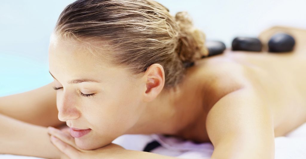 A Hot Stone Massage Therapist in Washington, DC