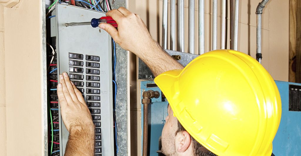 A circuit breaker professional in Plainfield, NJ