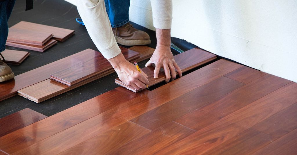 A wood flooring installer in Austin, TX
