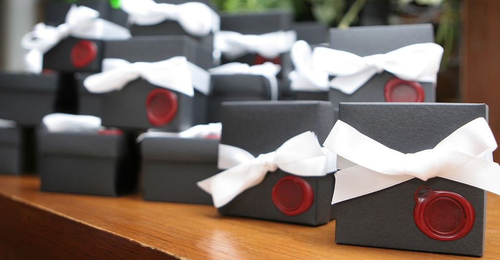 A Personalized Wedding Favor Professional in Burnsville, MN