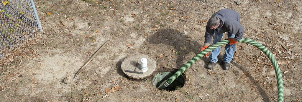 A septic tank inspector in Jacksonville, FL
