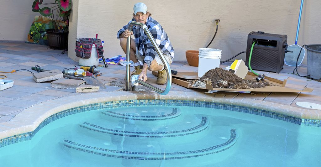 A swimming pool repairer in Mamaroneck, NY