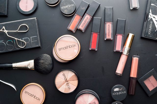 The 10 Best Freelance Makeup Artists Near Me (with Free