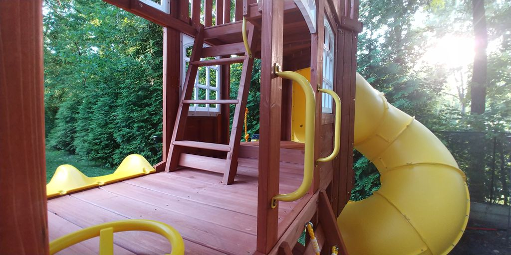 Play Equipment Construction and Assembly - Alexandria 2019