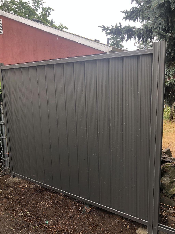 ColorMax Metal privacy fencing