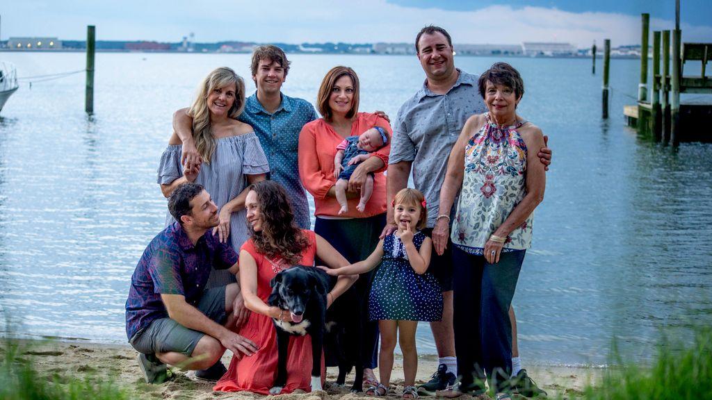 Family photos on the beachfront