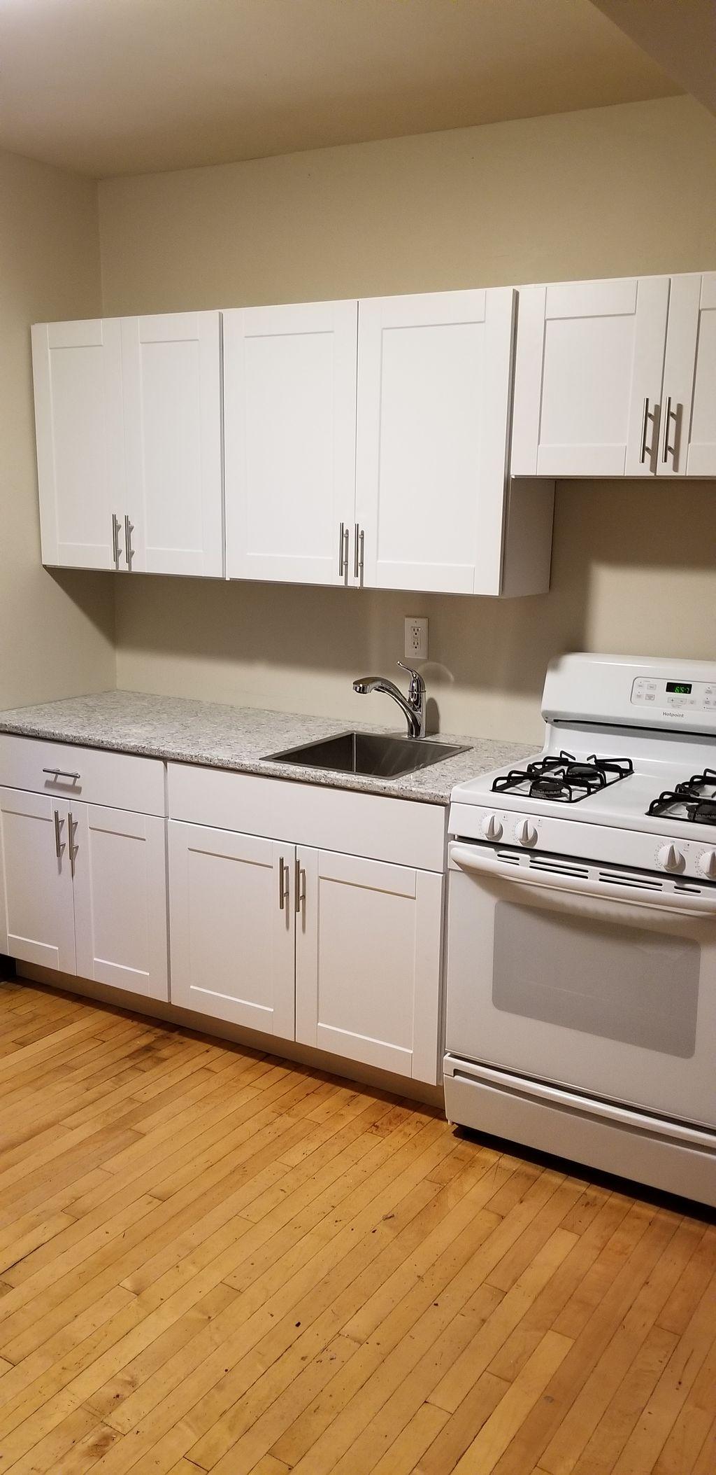 Rental apartment budget kitchen