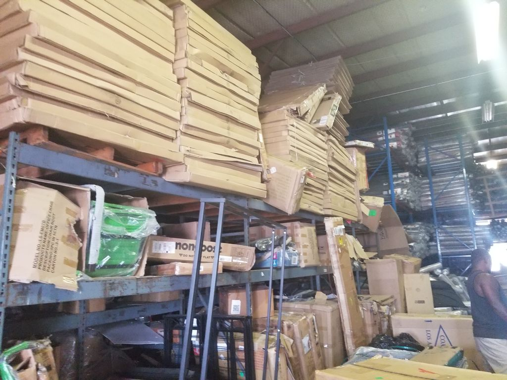 Warehouses packing